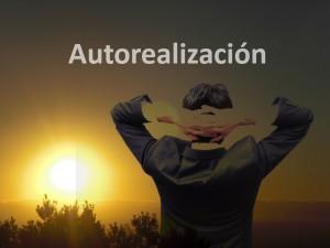 Paisaje hombre relajado autorealizacion